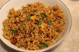Tamarind Rice With Raita Recipe