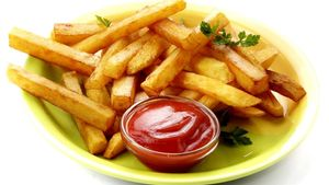 Crispy French Fries by Cooking teach